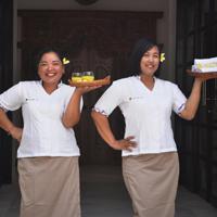 https://villadewisri.com/wp-content/uploads/2017/09/Villa-Dewi-Sri-Peroneel.jpg
